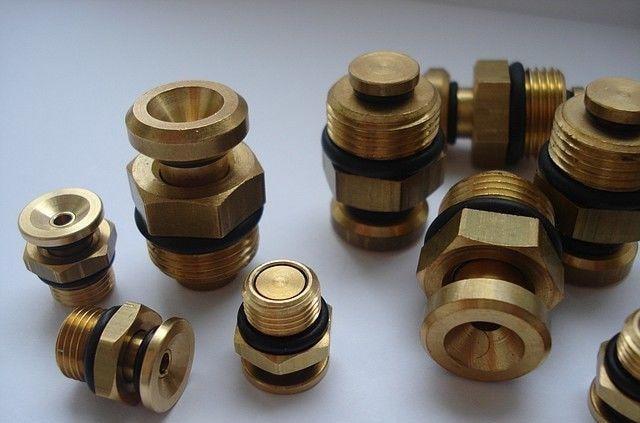 Клапаны пневматические (ниппели) купить в росии