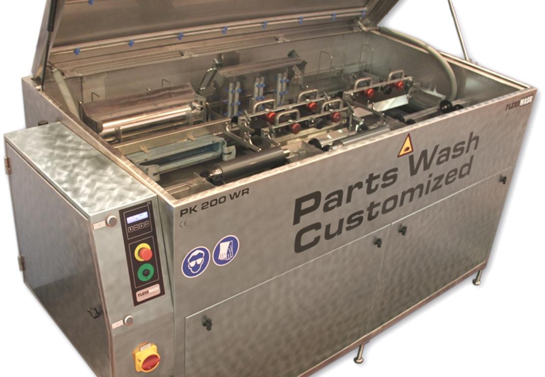 Можно мыть ракельные камеры, красочные ванночки и другие съемные части печатной секции